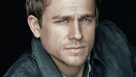 "Qui est Charlie Hunnam, le Christian de ""Cinquante nuances de Grey"" ?"