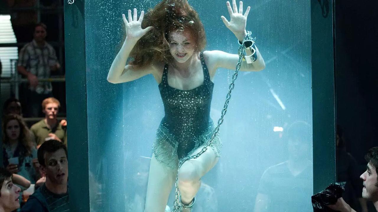 Insaisissables sur M6 : comment Isla Fisher a-t-elle failli mourir sur le tournage ? - AlloCiné