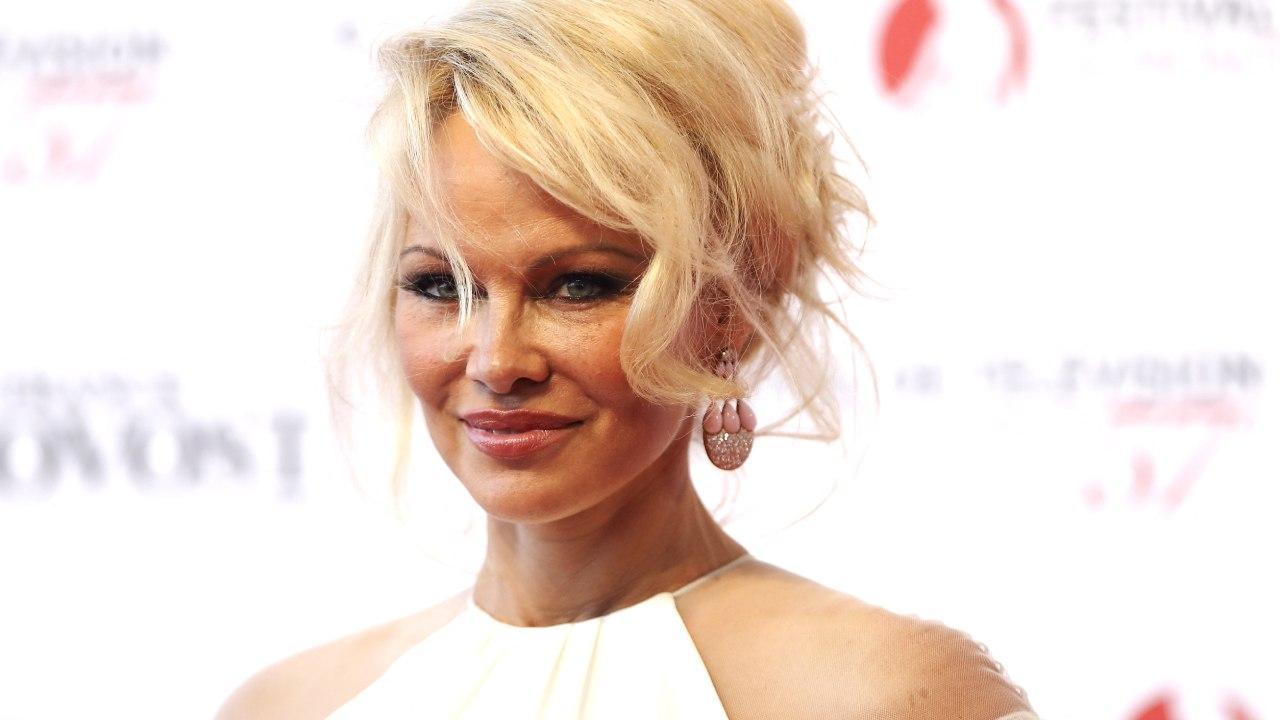 Baywatch – Alerte à Malibu : quand Pamela Anderson flingue le film… – Actus Ciné