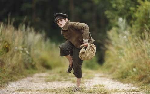 Oliver Twist : Photo Barney Clark