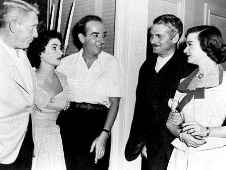 Spencer Tracy, Elizabeth Taylor, Vincente Minnelli (le réalisateur), Laurence Olivier et Joan Bennett