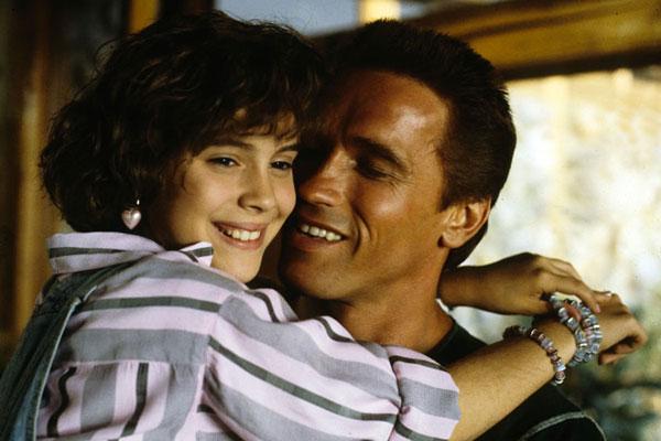 Arnold Schwarzenegger et Alyssa Milano