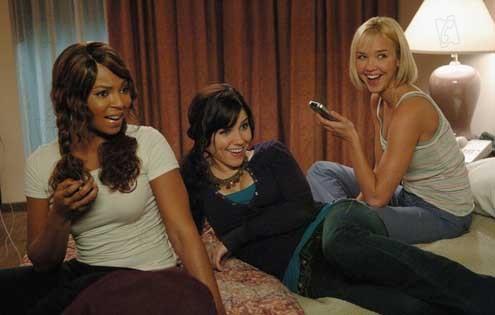 Ashanti, Sophia Bush et Arielle Kebbel