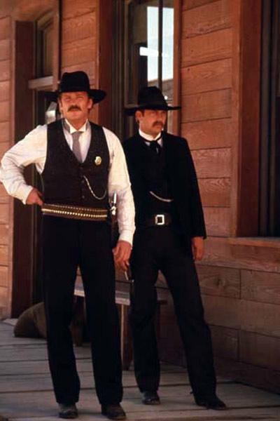 Wyatt Earp : Photo Kevin Costner, Lawrence Kasdan, Michael Madsen