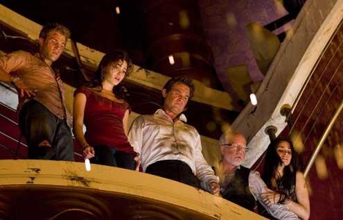 Mia Maestro, Richard Dreyfuss, Kurt Russell, Emmy Rossum et Mike Vogel
