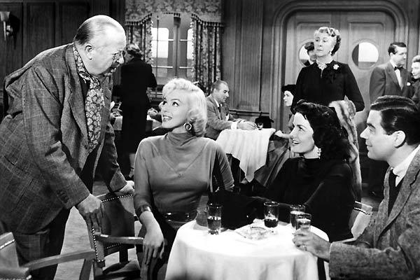 Les Hommes préfèrent les blondes : Photo Howard Hawks, Jane Russell, Marilyn Monroe