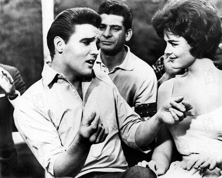 Un Direct au coeur : Photo Elvis Presley, Joan Blackman, Phil Karlson