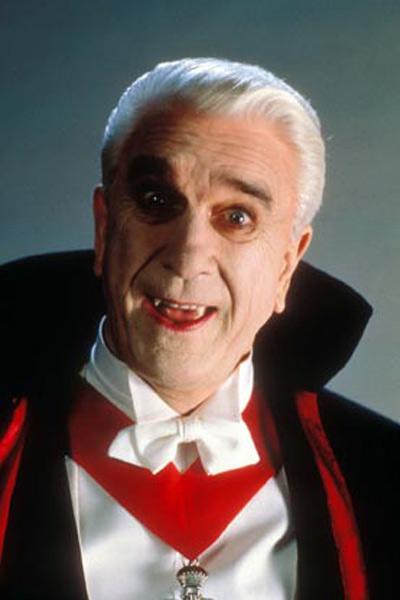 Dracula, mort et heureux de l'être : Photo Leslie Nielsen, Mel Brooks