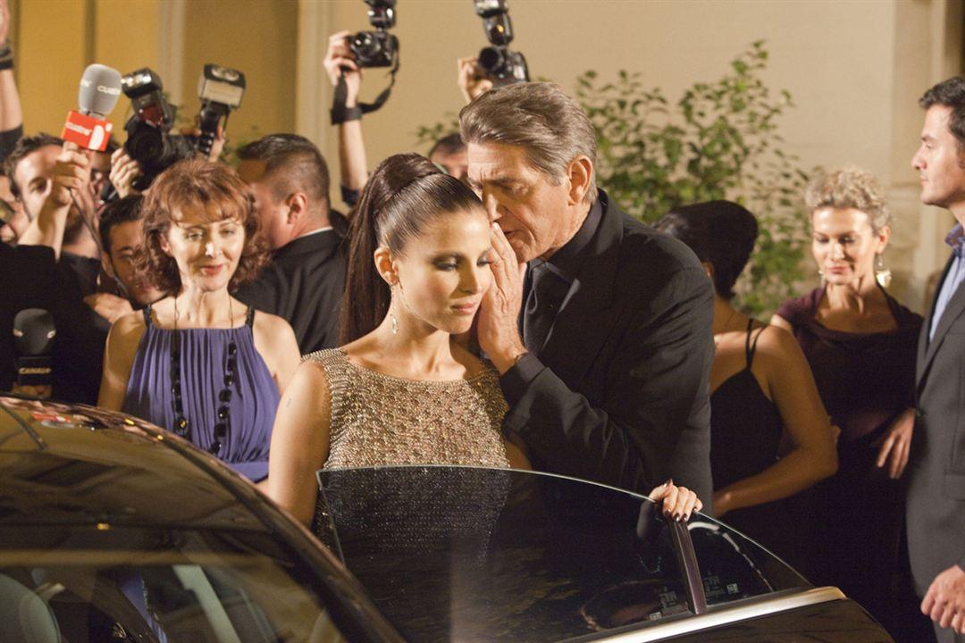 Di Di Hollywood : Photo Elsa Pataky, Peter Coyote