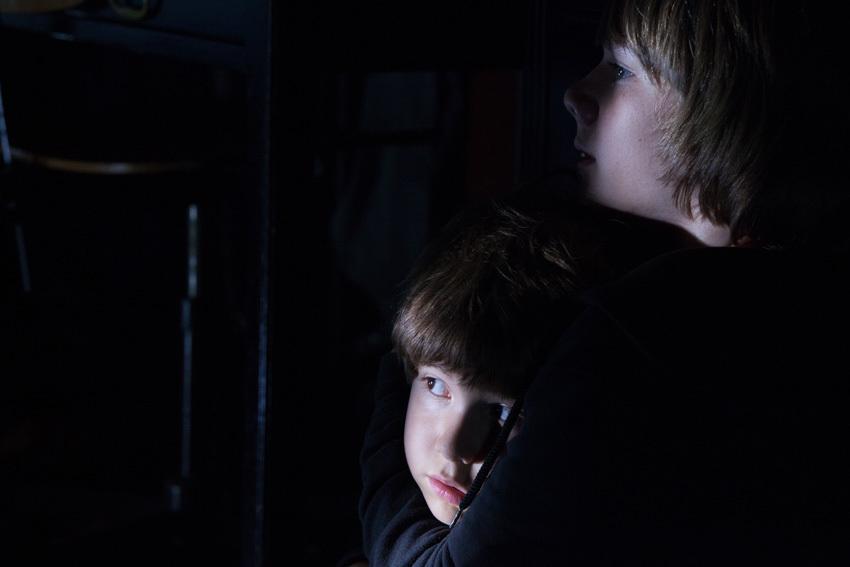 Dark Skies : Photo Dakota Goyo, Kadan Rockett