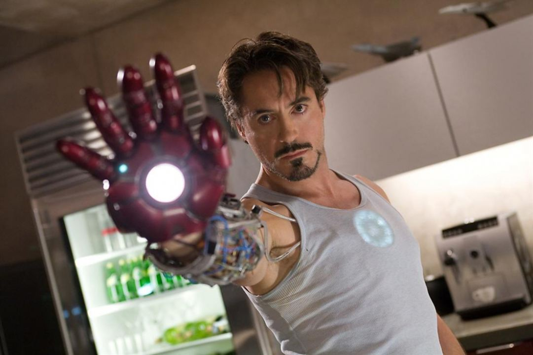 Que serait Tony Stark sans son fameux bouc ?