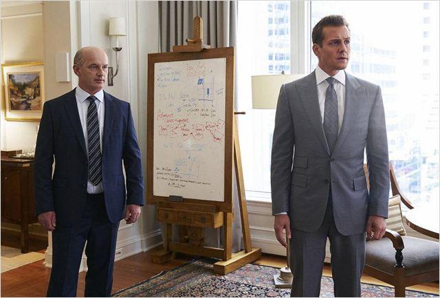 9 - Suits