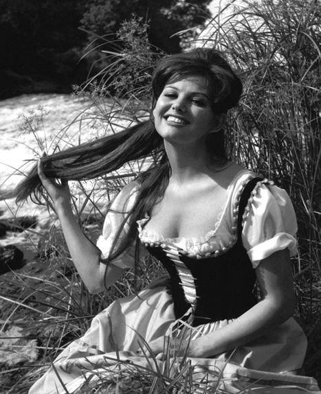 "Dans le film ""Cartouche"" de Philippe de Broca, en 1962."