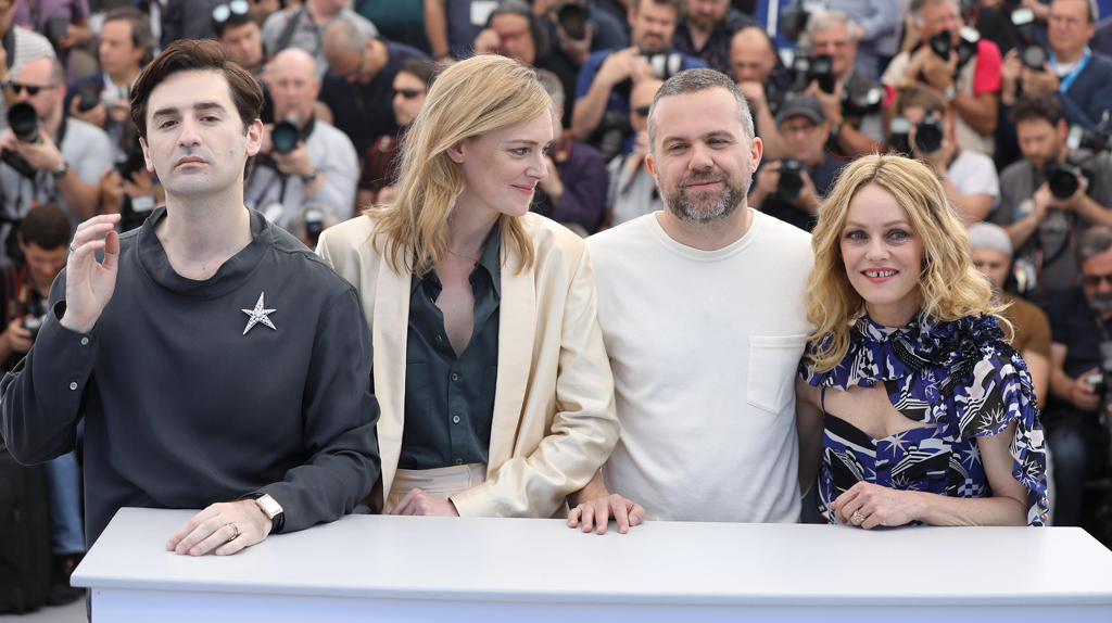 rencontre gay 04 à Cannes