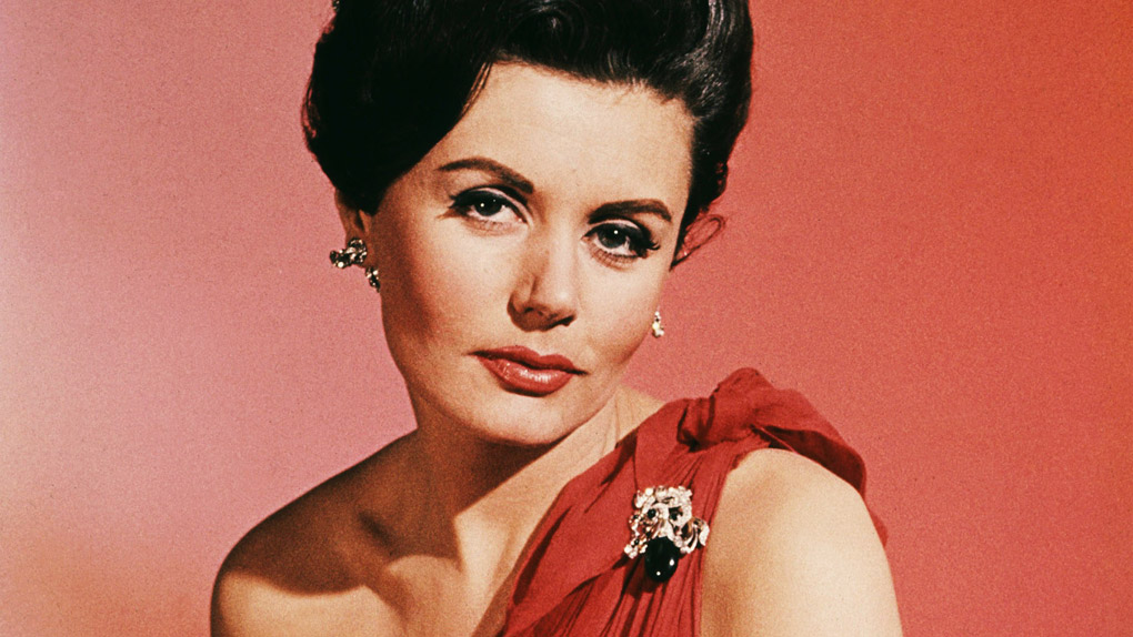 Eunice Gayson dans James Bond contre Dr. No