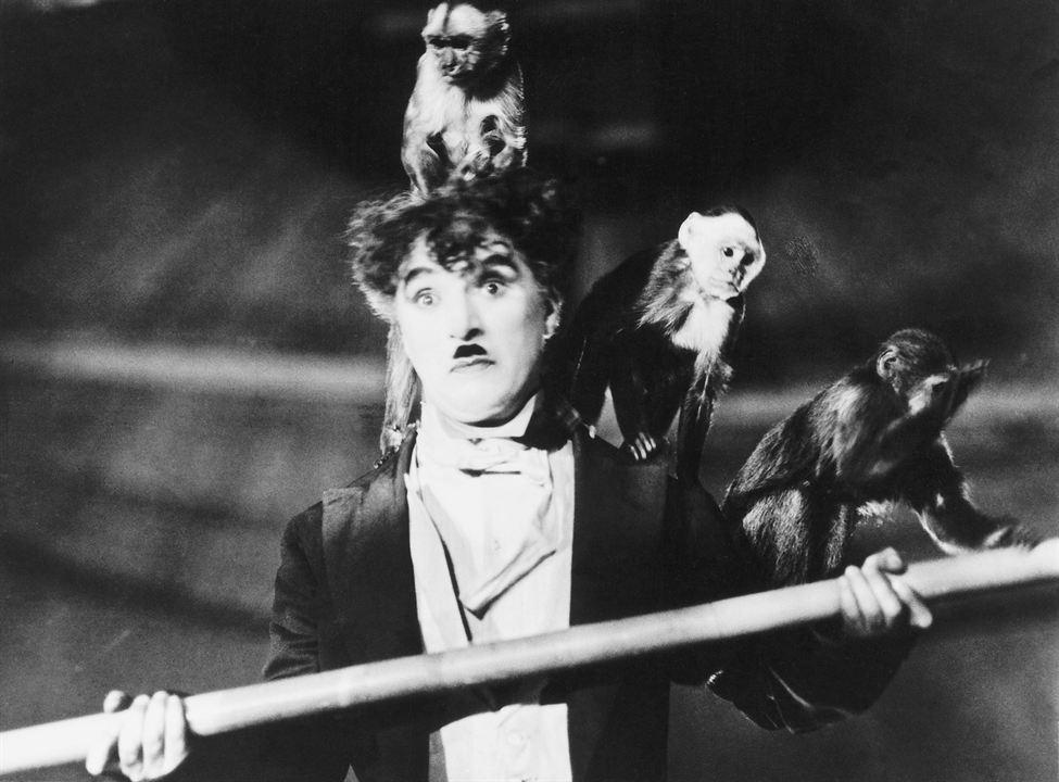 De Charlot à Chaplin: Charles Chaplin