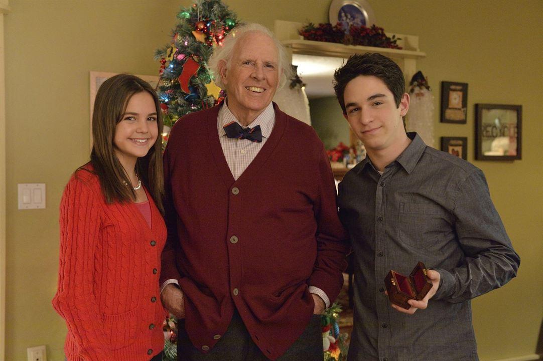 Un Noël sans fin : Photo Bailee Madison, Bruce Dern, Zachary Gordon