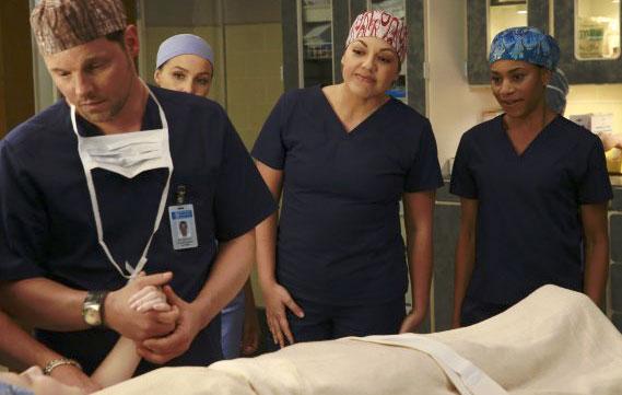 Photo Camilla Luddington, Justin Chambers (I), Kelly McCreary, Sara Ramirez