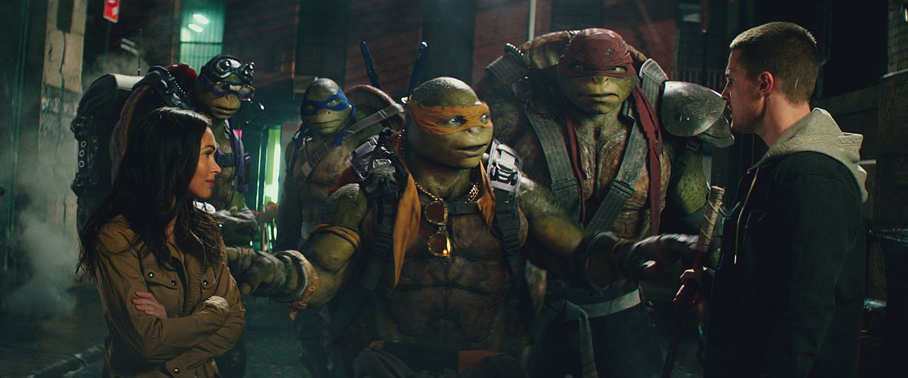 Ninja Turtles 2 : Photo Megan Fox, Stephen Amell