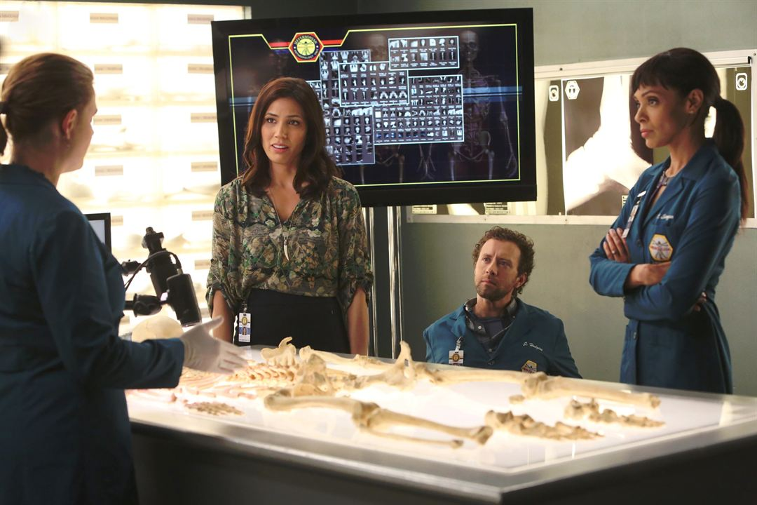 Photo Michaela Conlin, T.J. Thyne, Tamara Taylor