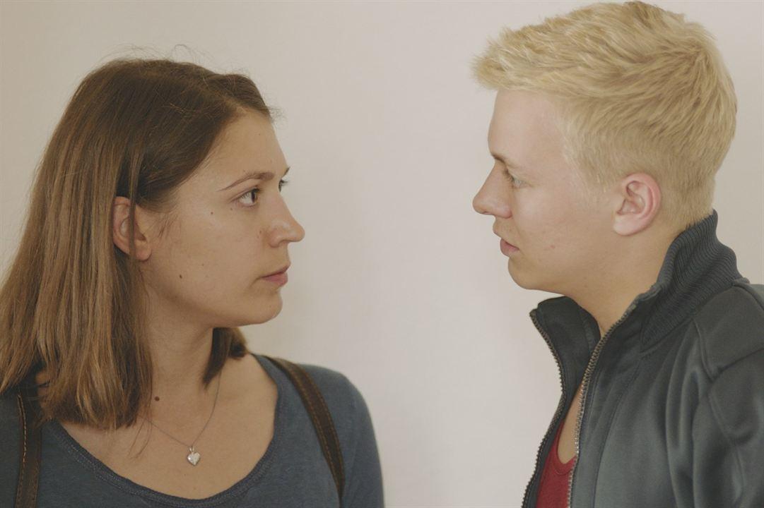 Un amour clandestin : Photo Irina Potapenko, Julius Nitschkoff