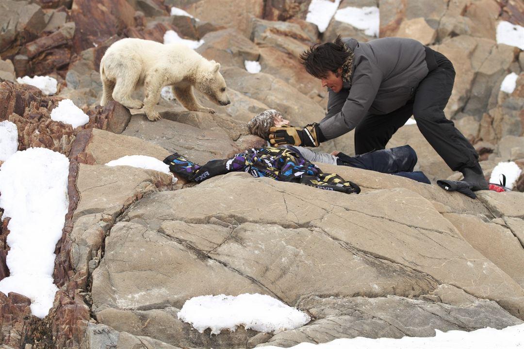 Pizou l'ours blanc : Photo Dakota Goyo, Goran Visnjic