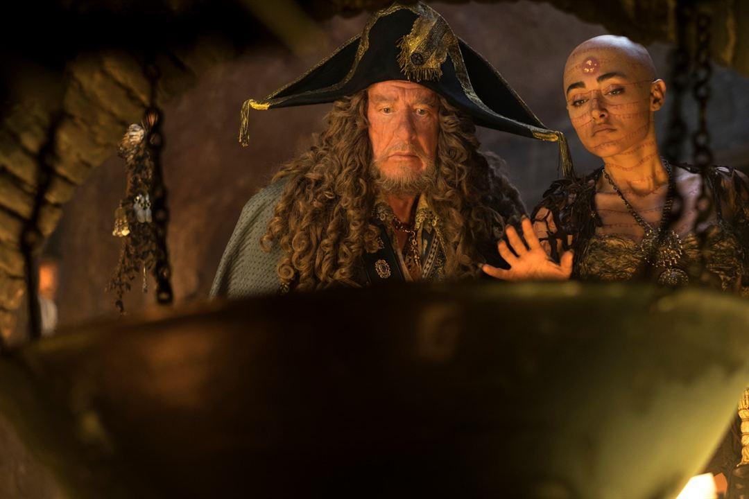 Pirates des Caraïbes : la Vengeance de Salazar : Photo Geoffrey Rush, Golshifteh Farahani