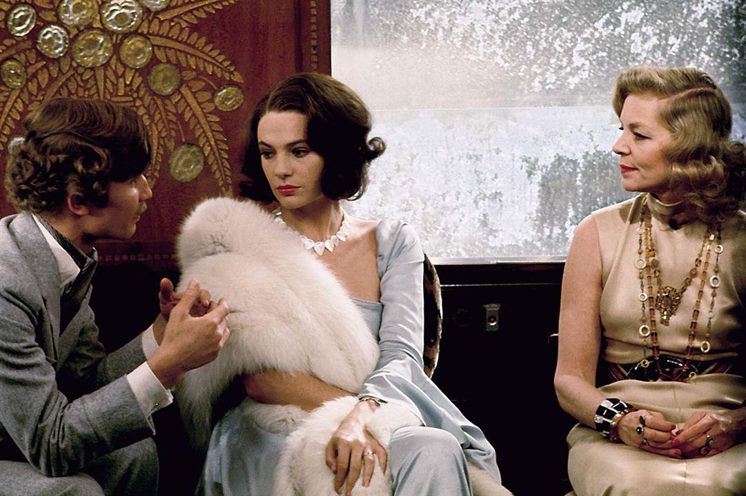 Le Crime de l'Orient-Express : Photo Jacqueline Bisset, Lauren Bacall