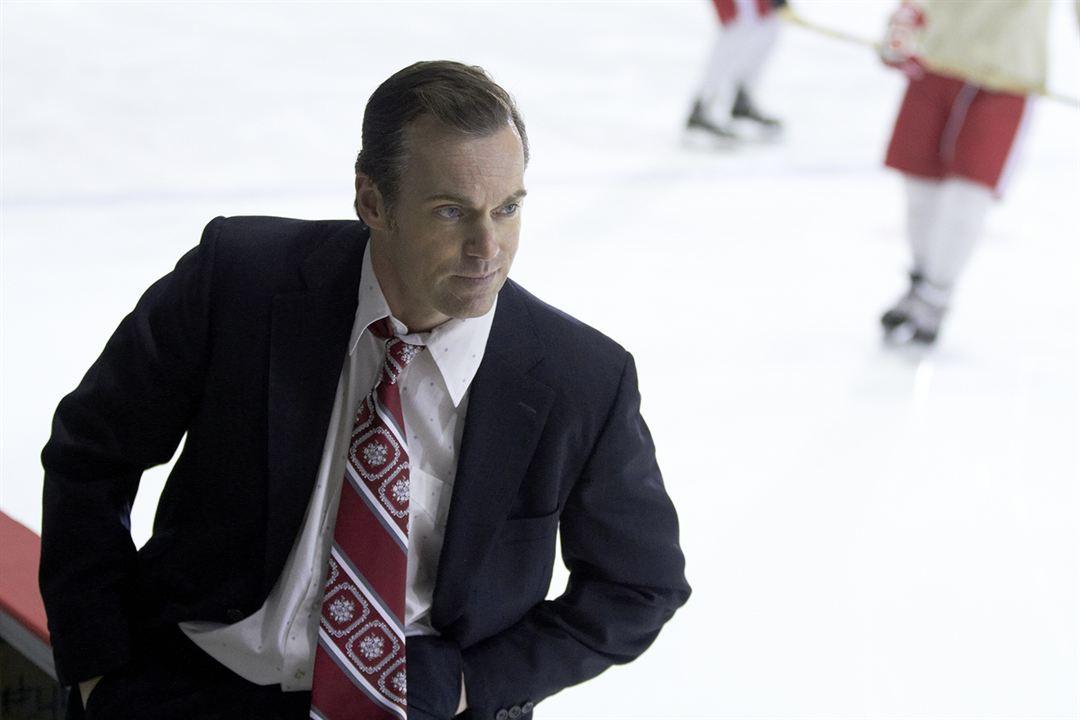 Mr. Hockey: The Gordie Howe Story: Michael Shanks (I)