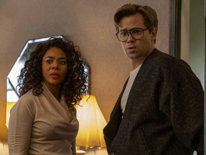 Photo Andrew Rannells, Regina Hall