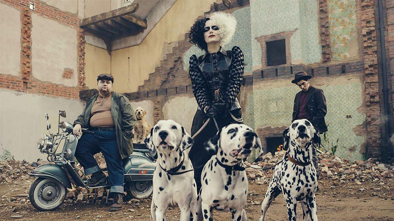 Cruella: Joel Fry, Emma Stone, Paul Walter Hauser