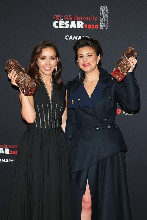 <span>Mounia Meddour (César du meilleur premier film pour «&nbsp;Papicha&nbsp;») et Lyna Khoudri&nbsp;(César du meilleur espoir féminin)</span>