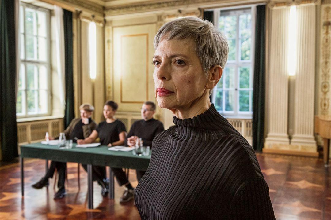Into the Beat: Helen Schneider