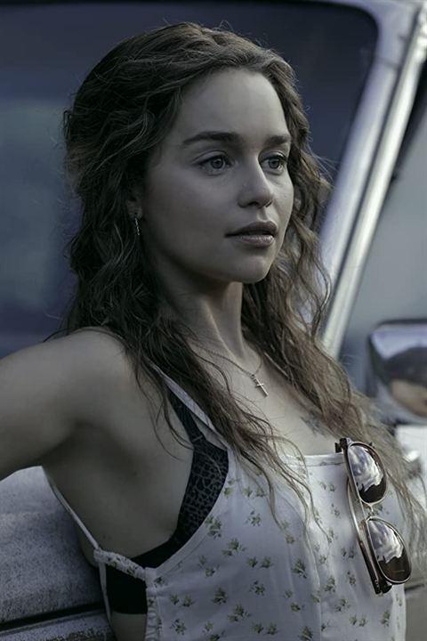 Above Suspicion : Photo Emilia Clarke
