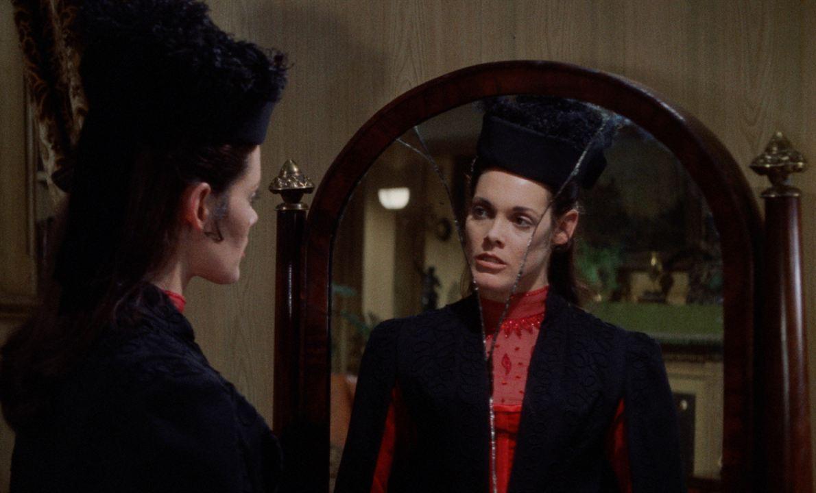 Dr. Jekyll et Sister Hyde: Martine Beswick