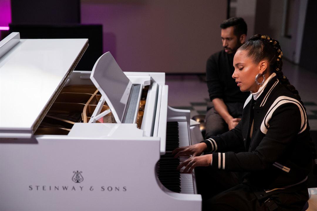 Photo Alicia Keys, Hrishikesh Hirway