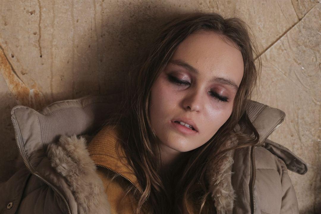 Crisis: Lily-Rose Depp